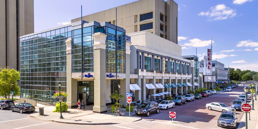 Floor Town Paramus Nj Livingston Residents Were At Garden State Plaza Mall In Single Family